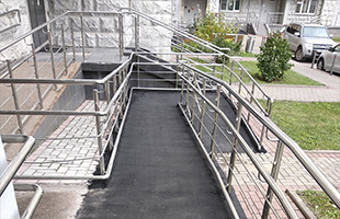 Асфальтирование пандусов и ступеней (лестниц)
